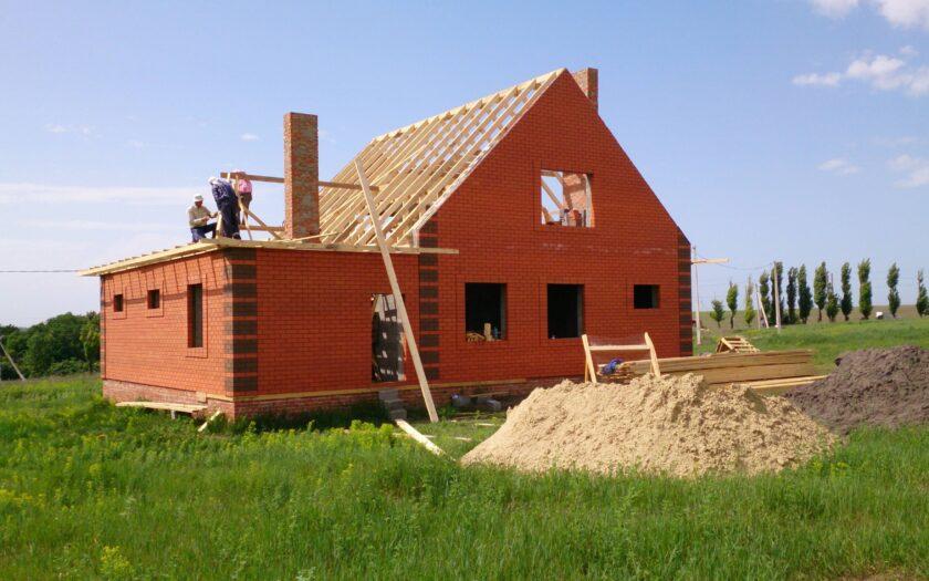 Могу ли я продать недостроенный дом на участке ИЖС